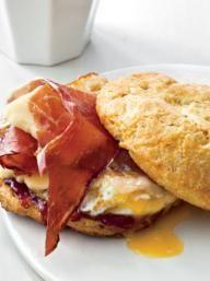 Breakfast Biscuit Sandwiches | KitchenDaily.com