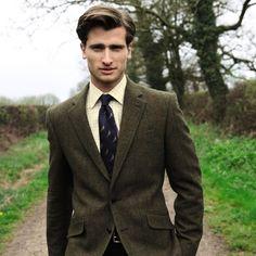 Green Yorkshire tweed classic fit jacket | Men's blazers & jackets from Charles Tyrwhitt, Jermyn Street, London