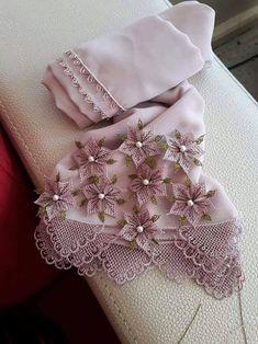 2018 İğne Oyası Modelleri - Whirl Tutorial and Ideas Irish Crochet Patterns, Crochet Motif, Needle Lace, Needle And Thread, Point Lace, Irish Lace, Tree Crafts, Lace Making, Bargello