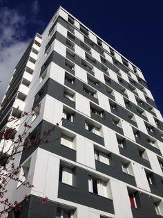 Mid-rise by ARA architectes (F).  EQUITONE facade materials. equitone.com