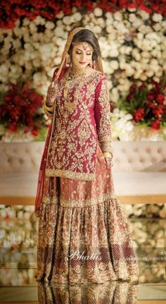 New Wedding Reception Blue Photography Ideas Bridal Mehndi Dresses, Pakistani Wedding Outfits, Bridal Dress Design, Pakistani Bridal Dresses, Pakistani Wedding Dresses, Pakistani Dress Design, Bridal Outfits, Bridal Lehenga, Lehenga Choli