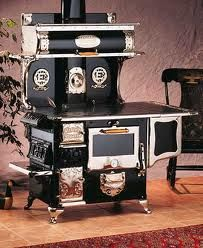 Antique Wood Cook Stove.. Love it