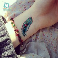 Cheap tatoo sticker, Buy Quality arrow tattoo directly from China designer tattoos Suppliers: New Arrival 2017 Super Beautiful Feather Dandelion Arrow Tattoo Designs Waterproof Body Temporary Fake Arm Back Tatoo Sticker Indian Feather Tattoos, Feather Tattoo Meaning, Peacock Feather Tattoo, Arrow Tattoos, Fake Tattoos, Body Art Tattoos, Small Tattoos, Arrow Tattoo Design, Feather Tattoo Design