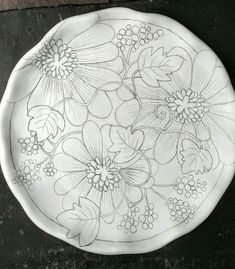 If you are looking for a cheap and creative way to add color and life into your interior, then look no further than ceramic plates. Rather than turning to expensive art pieces and portraits, you ca… Blue Pottery, Pottery Plates, Ceramic Plates, Ceramic Pottery, Mug Design, Clay Design, Ceramic Design, China Painting, Ceramic Painting