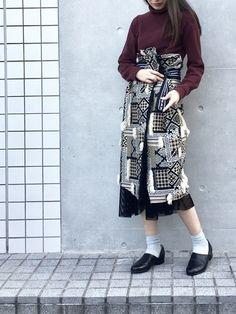 大阪で昨日買ったニット、さっそく着てみました👏 さらっと着られて、しかも洗える。 正直色違いでほし