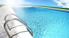 Cinco claves para tener el agua de piscina impoluta  La piscina es un acompañante que se disfruta en su máximo apogeo en verano. En España hay un millón de piscinas, de las cuales, un 6% son de comunidades de vecinos. Cuando empieza la temporada estival vienen los dolores de cabeza por el desuso de la temporada invernal. ¿Cómo hacer que nuestro agua esté y parezca limpia?  http://www.inmonova.com/blog/cinco-claves-para-tener-el-agua-de-piscina-impoluta/