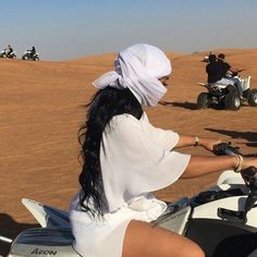 Diana Agreste goes Vegas dessert riding for her Black Girl Magic, Black Girls, Black Women, Imperator Furiosa, Atv Riding, Luxe Life, Foto Pose, Vacation Outfits, Vacation Pics