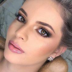Top Makeup Brands, Best Makeup Products, Make Up Looks, Makeup Tips, Eye Makeup, Hair Makeup, Bride Makeup, Wedding Hair And Makeup, Blue Dress Makeup