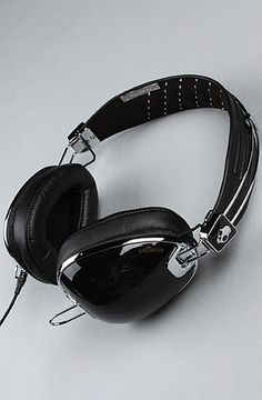 $150 -The Aviator Headphones with Mic in Black by Skullcandy