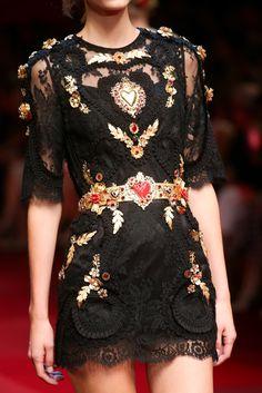 Details at Dolce & Gabbana RTW S/S 2015