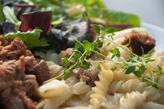 Pulled Pork, Pasta Salad, Macaroni, Ethnic Recipes, Food, Shredded Pork, Crab Pasta Salad, Noodle Salads, Meals