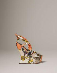 Dolce & Gabbana is an Italian luxury industry fashion house.  http://www.shoeanatomy.com/