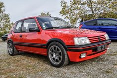 Peugeot 205 GTI 2.0 TCT Peugeot 205 Gti, Auto Retro, Jdm, Ford Capri, Car Goals, Top Cars, Toyota Camry, Automotive Design, Toulouse