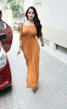 Indian Actress Images, South Indian Actress Hot, Indian Bollywood Actress, Bollywood Girls, Bollywood Celebrities, Beautiful Girl Indian, Beautiful Indian Actress, Gorgeous Women, Gorgeous Lady