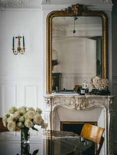 Mirror Mirror on the Wall - Apartment34