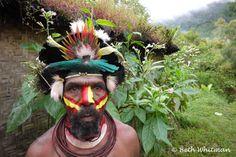 Papua New Guinea ~ Huli Wigmen of Tari on http://wanderlustandlipstick.com/2012/papua-new-guinea-huli-wigmen-of-tari/