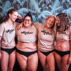 """""""Every body is a good body through every season of our motherhood journey."""" """"Every body is a good body through every season of our motherhood journey. Mom Body, Body Love, Loving Your Body, Nice Body, Body Positivity Photography, Image Fashion, 80s Fashion, Fashion Online, Fashion Trends"""