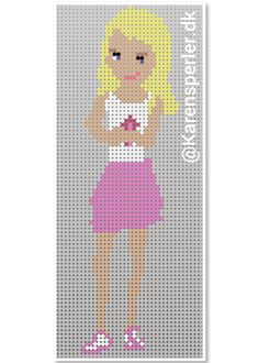 Hama Beads Patterns, Beading Patterns, Lego Christmas Tree, Friend Crafts, Lego Room, Pearler Beads, Lego Friends, Doodle Art, Pixel Art