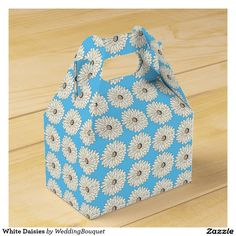 White Daisies Favor Box