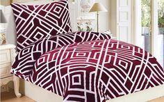 Ideální volba pro milovníky červené barvy. Podtrhne smyslnost Vaší ložnice.  Gramáž: 230 g/m2.  Česká výroba. Comforters, Blanket, Bed, Home, Creature Comforts, Quilts, Stream Bed, Ad Home, Blankets