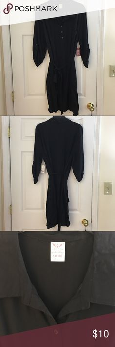 ✨ Black Simple Shirt Dress With Tie ✨ 🌟 PLEASE REFER TO THE PICTURES, LET ME KNOW IF YOU HAVE ANY QUESTIONS & OFFERS WANTED! ❤️ Faded Glory Dresses Long Sleeve