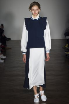 Mother of Pearl Spring 2016 Ready-to-Wear Fashion Show