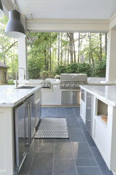 Tips for planning an outdoor kitchen with large grill, burners and stainless drawers. kitchen and pool house Planning an Outdoor Kitchen: Where to Start Outdoor Kitchen Patio, Outdoor Kitchen Design, Patio Design, Home Design, Outdoor Spaces, Outdoor Living, Kitchen Decor, Design Ideas, Outdoor Kitchens
