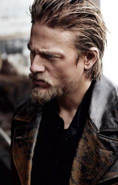 Charlie Hunnam...ladies, it just doesn't get much better than that right there. Lawd have mercy...