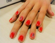 nails, short nails, red,white, black