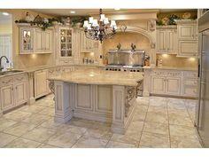 Mediterranean homes – Mediterranean Home Decor Tuscan Kitchen Design, Country Kitchen Designs, French Country Kitchens, Luxury Kitchen Design, Kitchen Cabinet Design, Kitchen Cabinets, Elegant Kitchens, Luxury Kitchens, Beautiful Kitchens