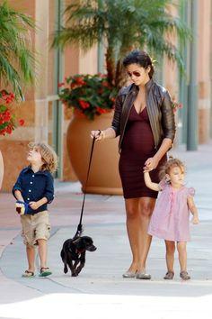 Camila Alves - Camila Alves Takes the Kids to the Mall