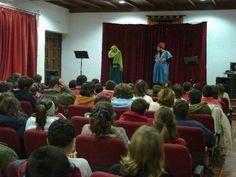 """2008-11-24 DD.HH. en Llerena. Taller dramatizado """"Los Derechos Torcidos"""""""