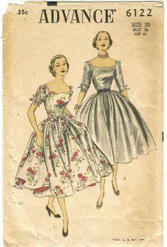 Vintage Scallop Neckline Ruched Sleeve Full Skirt Dress Pattern 6122 FF Vintage Dress Patterns, Clothing Patterns, Vintage Dresses, Vintage Outfits, Wedding Dress Sewing Patterns, 50s Outfits, Sixties Fashion, 1950s Fashion, Mens Fashion