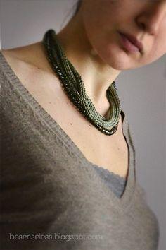 Appena leggo dell'indecisione in una richiesta per una collana non mi perdo d'animo e cerco di accontentare anche il desiderio …