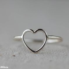 Heart Ring Sterling Silver Open Outline sz 9 so I can wear it on my index finger!