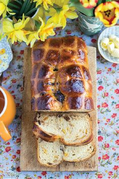 Bake a batch of this sticky-sweet Orange and Chocolate Hot Cross Bun Loaf and enjoy a filling, fresh, and classic breakfast. The apricot jam glaze on this homemade bread gives each slice a distinct flavor. Take a slice or two on the go and wipe your sticky fingers with Bounty Paper Towels!
