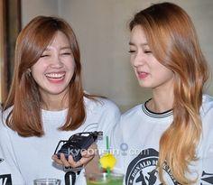 Eunji and Bomi