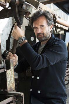 Gordon Ramsey, Wood Watch, Food, Fashion, Fotografia, Wooden Clock, Moda, Fashion Styles, Essen