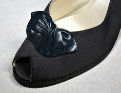 Vintage Bow / Butterfly Shoe Clips Soft Black by estatesalegems, $4.99