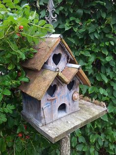 Cute Birdhouse with hearts!