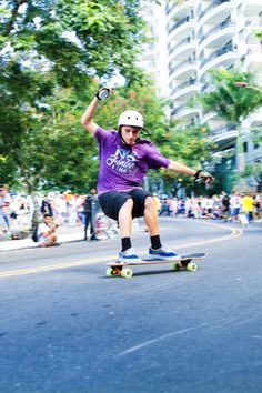 Winner 2013 ITSU Photography Award | Niteroi Sk8 Downhill - Festival de Cultura Urbana | Clarissa Mattos Photography ©