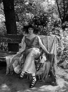 Ballerina Anna Pavlova (1881-1931) by Bassano, 1920
