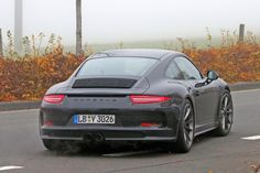Porsche 911 R (2016): first photos of the back-to-basics 911 by CAR Magazine