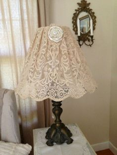 Restored Treasures Too: DIY lampshade using an antique lace tablecloth! Shabby Chic Lamp Shades, Shabby Chic Decor, Lace Lampshade, Vintage Lampshades, Doily Lamp, Lampshade Ideas, Handmade Lampshades, Contemporary Lamp Shades, Luminaire Design