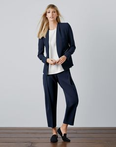 Finesse Crepe Braxton Jacket and Pleat Ankle Pant