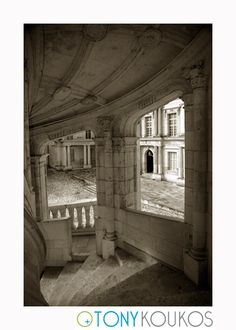 World Travel Photography White Stairs, Renaissance Architecture, Medieval Castle, Window Frames, Railings, Travel Photography, France, Windows, Black And White