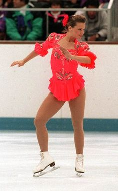 Canada's Josee Chouinard at the 92 Olympics. Even though she always struggled with her nerves and with consistency, she was a charming skater, with a lovely personality. To this day she is still my favorite female skater . Roller Skating, Ice Skating, 1992 Olympics, Figure Skating Costumes, Olympic Champion, Ice Dance, Olympic Sports, Winter Olympics, Winter Sports