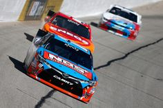 Kyle Busch returns to form, dominating today's Heads Up Georgia 250 at Atlanta. #NASCAR  http://lastwordonsports.com/2016/02/27/2016-heads-up-georgia-250-atlanta/