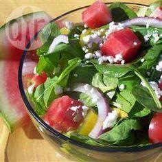 Spinaziesalade met watermeloen, feta en rucola @ allrecipes.nl