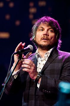 saw Jeff Tweedy at Boulder Theater